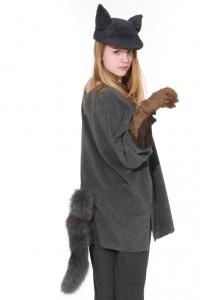 Universalgröße, graues Hemd mit Schwanz und größenverstellbare Kappe