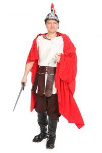 weiße Tunika, Zingulum, teilbarer roter Mantel