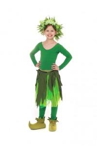 grünes Jumpsuit mit Blätterrock udn Haarkranz