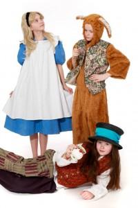 Alice, der verrückte Hutmacher und der Märzhase