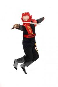 schwarzer Overall mit Maske