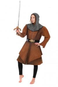 brauner Ledermantel mit Rittergugel, Schwert und Gürtel