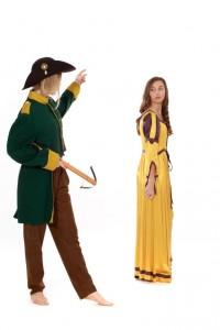 gelbes Satinkleid Gr. 170 und grüne Uniformjacke Gr. S
