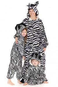 3 Zebras in Gr. M 134 und 110