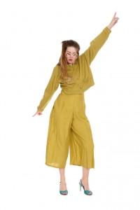 senffarbene Hose 3/4 lang mit hoher Taille und passender Jacke Gr. 36