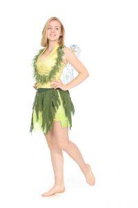 zartgrüne Corsage mit Blätterrock und Flügeln