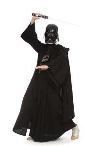 schwarzes Gewand mit Umhang und Maske
